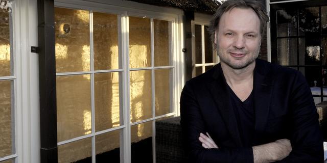 Rob Stenders zou nachtprogramma met Henk Westbroek bij Veronica leuk vinden