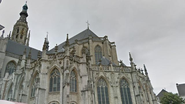 Grote Kerk Breda start klokkenluidend de Augustus Beiaardmaand