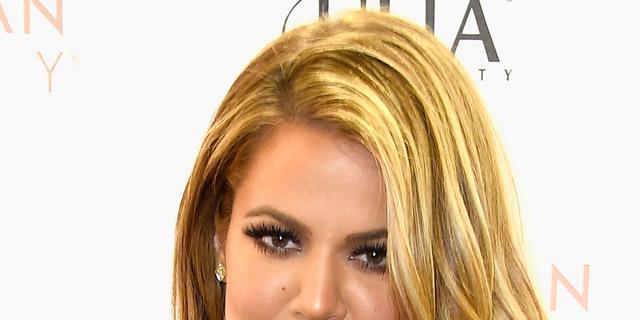 Khloé Kardashian onder vuur om dragen nikab