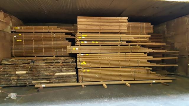 Groot onderzoek naar invoer van 'fout hout' leidt tot zes invallen