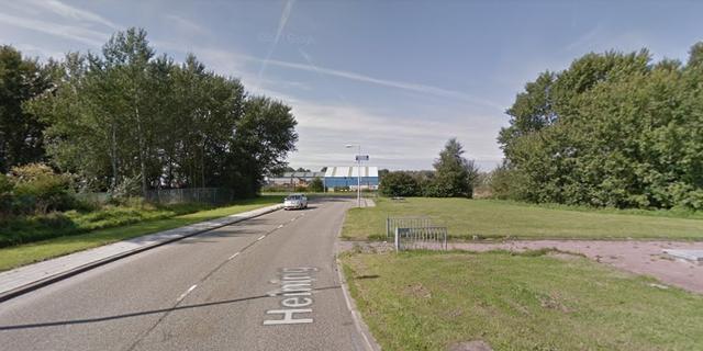 Politie zoekt vijf jongens na crash deelauto in Westpoort