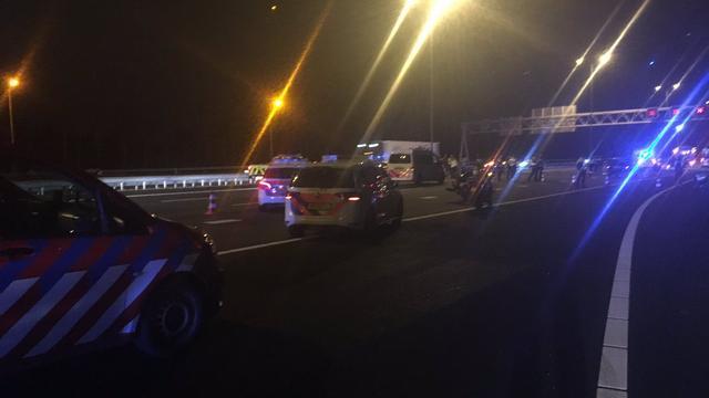 Twee personen overleden na zwaar verkeersongeluk op A9 bij Aalsmeer.