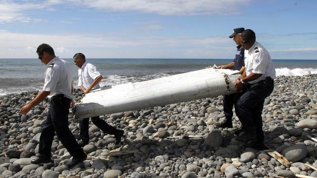 Zoektocht MH370 gestaakt: Welke 'stukjes' zijn gevonden?