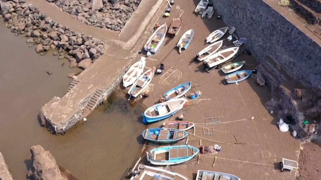 Drone filmt schade na vulkaanuitbarsting op Stromboli