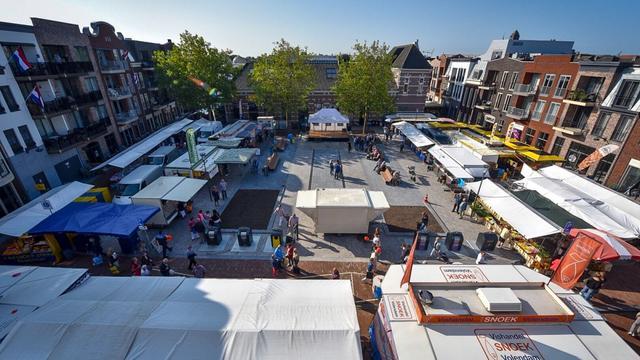 Alphense zaterdagmarkt wordt weer een geheel in Thorbeckestraat