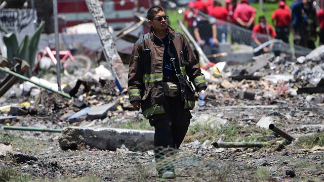 Zeker 24 doden door vuurwerkexplosies Mexico