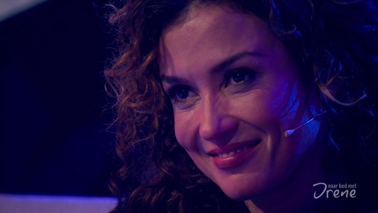 Katja Schuurman in tranen door zingende Birgit