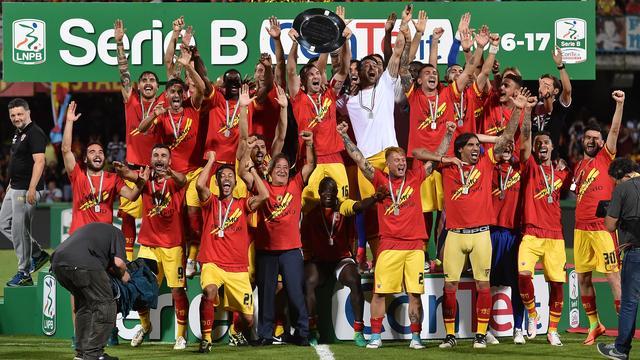 Benevento promoveert voor het eerst in clubhistorie naar Serie A