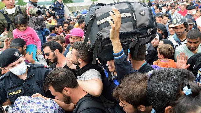 Oostenrijk weert migranten uit Slovenië