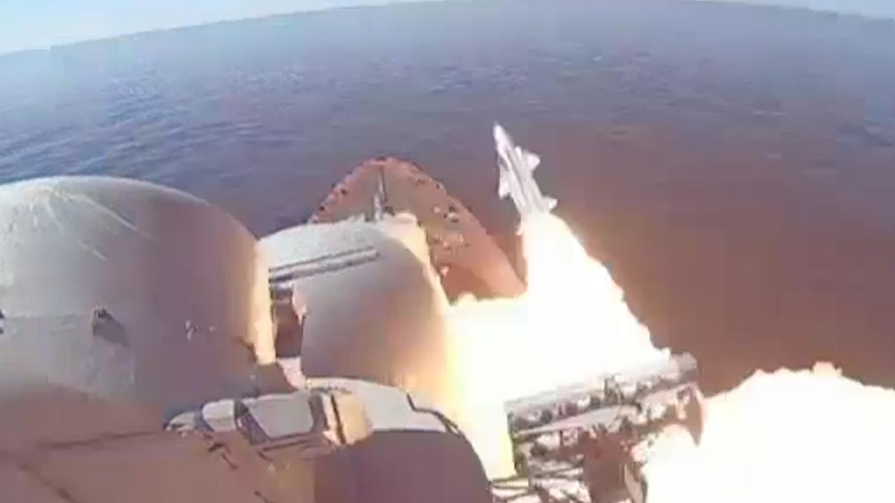 Russische schepen lanceren raketten bij test op Zwarte Zee