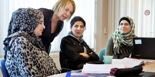Vluchtelingen kunnen ondanks beleid nog altijd lastig aan werk komen