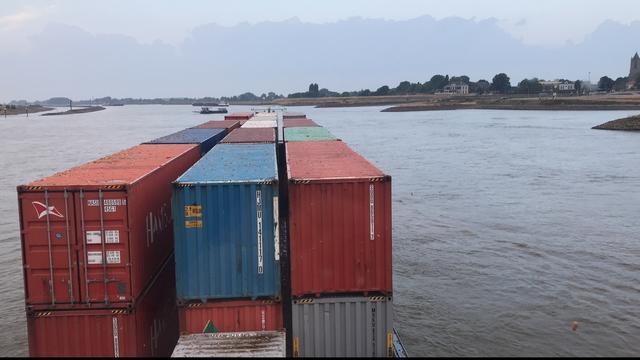 Binnenvaart naar haven gehinderd door lage stand van Duitse rivieren