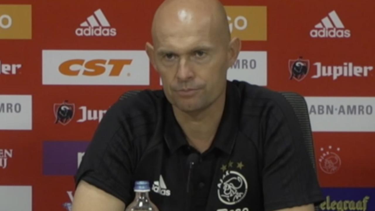 Ajax-trainer Marcel Keizer verwijt Sanchez niets in transfersoap