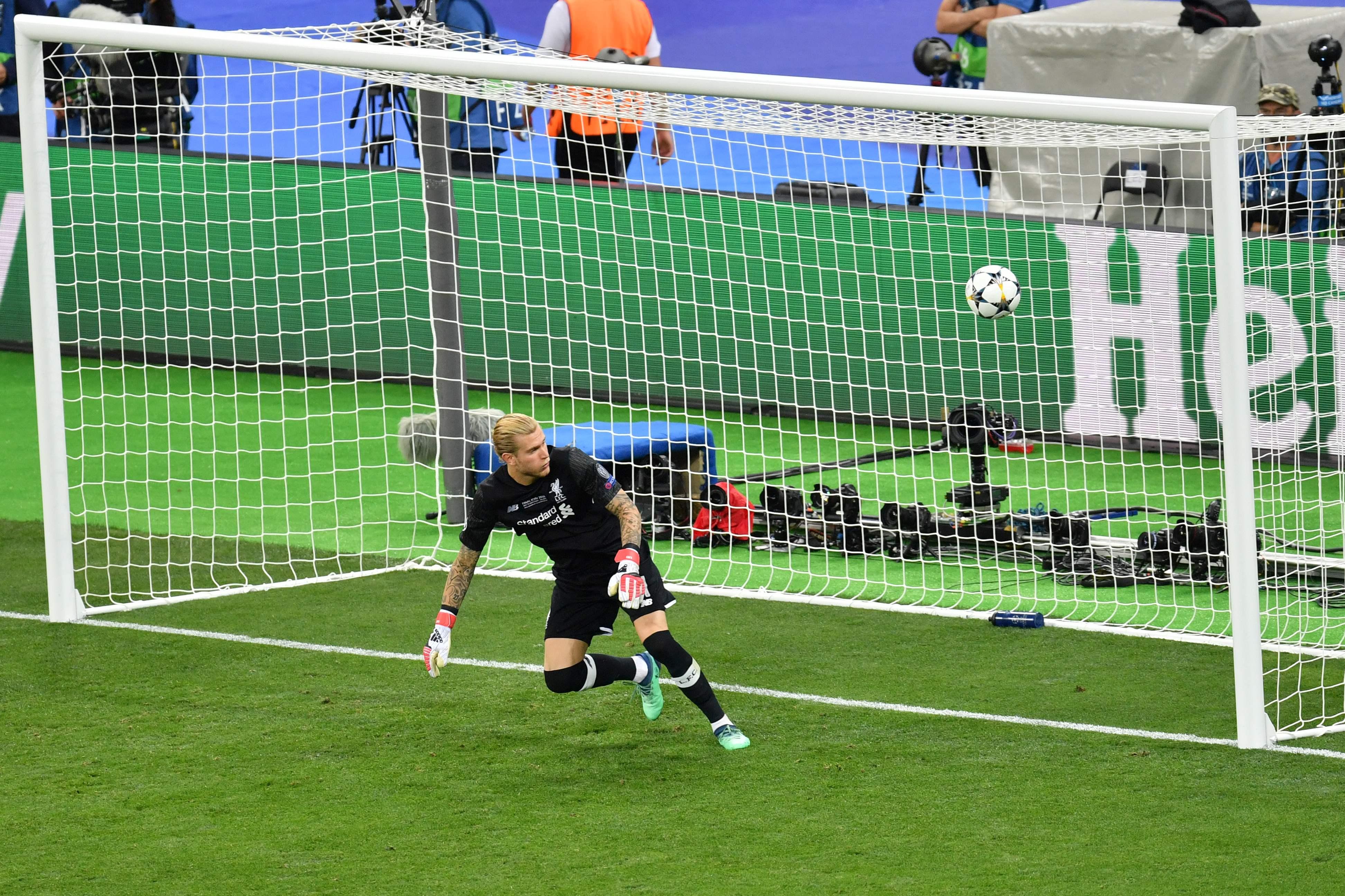 UEFA stelt geen onderzoek naar Ramos in vanwege hersenschudding Karius