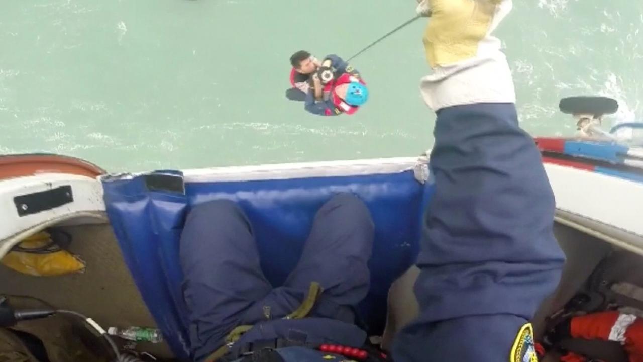 Chinese kustwacht redt vijf vissers van reddingsvlot