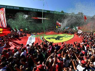 Voormalig Formule 1-coureur Van der Garde blikt vooruit