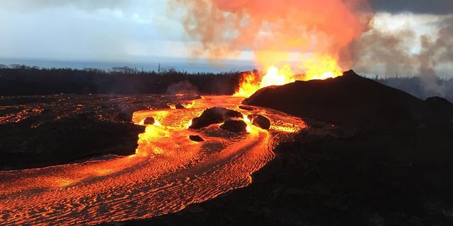 Geologen waarschuwen dat lavastroom Hawaï jaren kan aanhouden