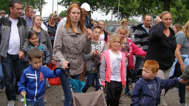 Deelnemers avondvierdaagse Steenbergen enthousiast van start
