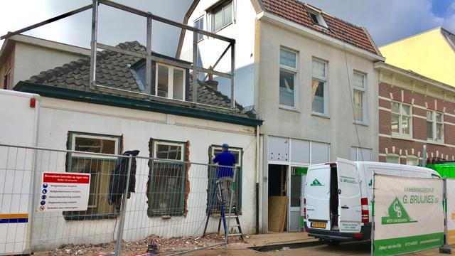 Gestart met sloop van drie panden in Raadhuisstraat