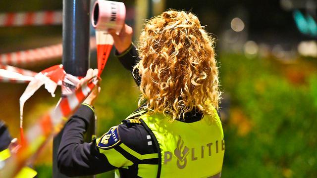 Twee personen neergeschoten bij woningoverval in Rotterdam, elf arrestaties