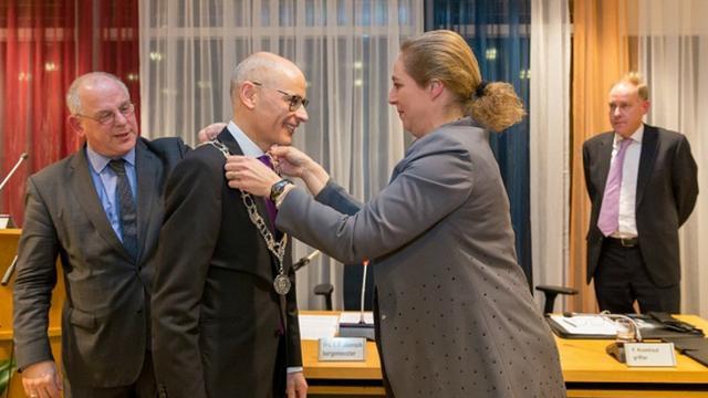 Emile Jaensch geïnstalleerd als burgemeester Oegstgeest
