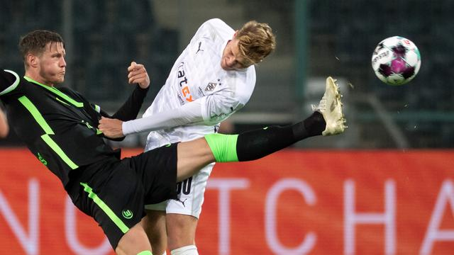 Weghorst bezorgt Wolfsburg punt, Bosz boekt eerste zege met Leverkusen