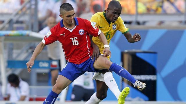 Twente-middenvelder Gutierrez met Chili naar Copa América
