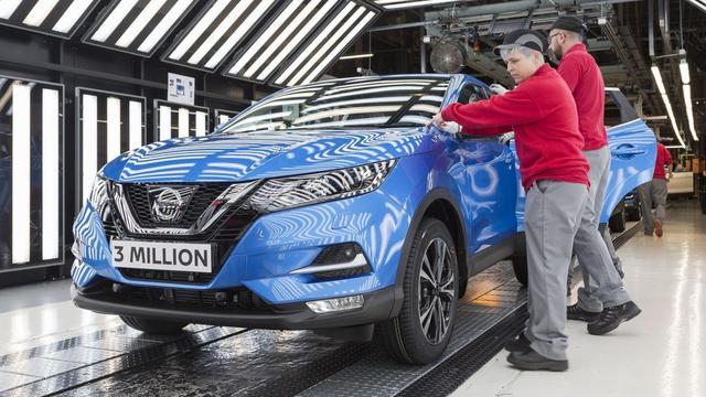 'Twintigduizend banen bij Nissan weg door herstructurering'