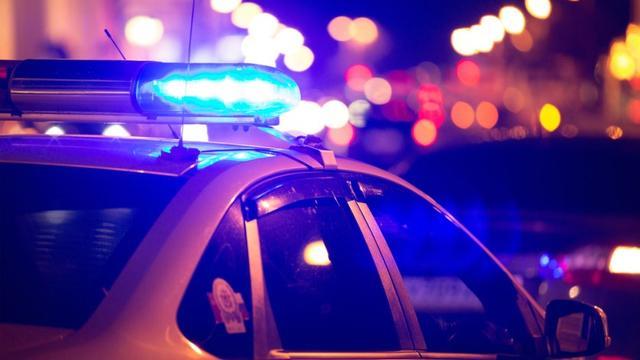 Politie houdt man aan omdat hij op A16 veel te hard reed in gestolen auto