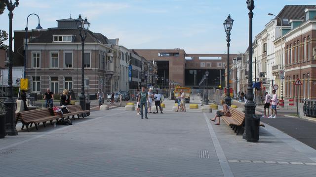 Willemstraat weer open voor verkeer; station volgende week opgeleverd