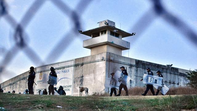Zeven agenten gedood bij gevangenisoproer in Mexico