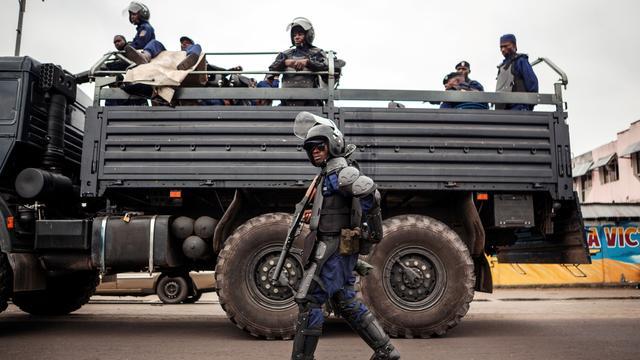 Tientallen politieagenten onthoofd in Congo na hinderlaag