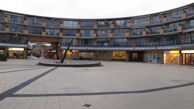 Mogelijk lagere huur bedrijfspanden bij winkelcentrum Heksenwiel