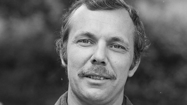 Oud-radiopresentator Aad Bos (88) overleden