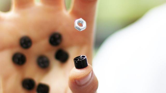 Onderzoekers werken aan sonische handschoen en 'schroevendraaier'