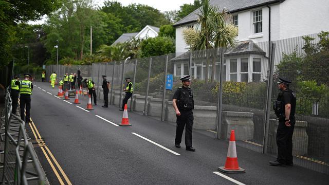 Cornwall omschrijft de G7-top als de grootste gebeurtenis die ooit heeft plaatsgevonden in het stadje. Ruim 6.500 agenten zijn opgeroepen om het evenement te beveiligen.