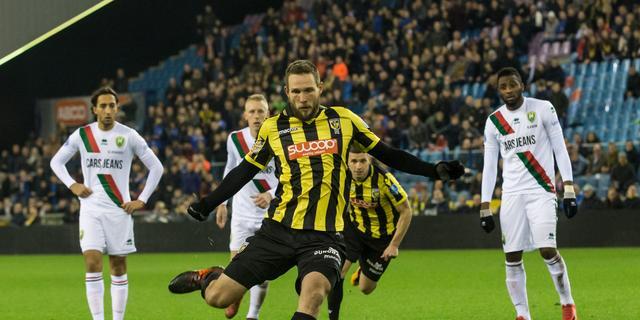 Liveblog Eredivisie: Vitesse wint in slotfase van tiental ADO (gesloten)