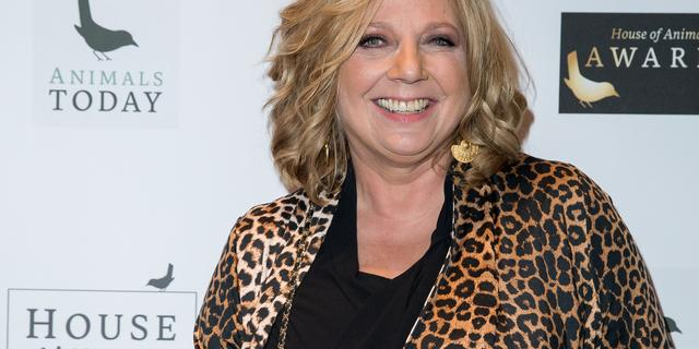 Loretta Schrijver vindt het 'niet zo belangrijk' om primetime op tv te zijn