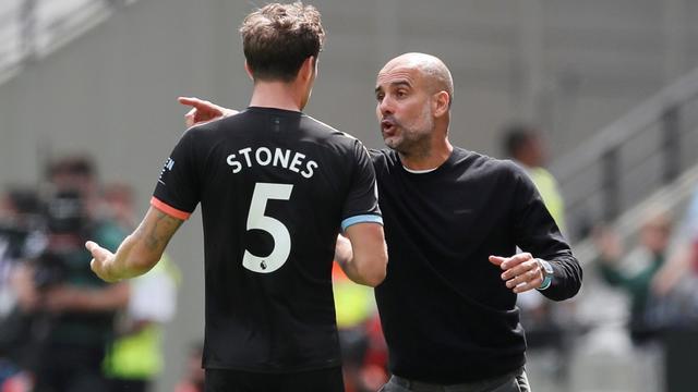 City heeft door blessure Stones nog maar één fitte centrale verdediger