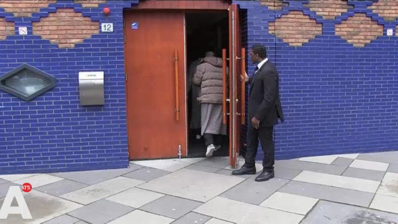 Moskeeën in Amsterdam beter beveiligd