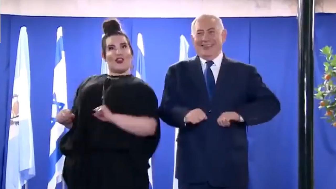 Songfestivalwinnares doet 'kippendans' met Israëlische premier