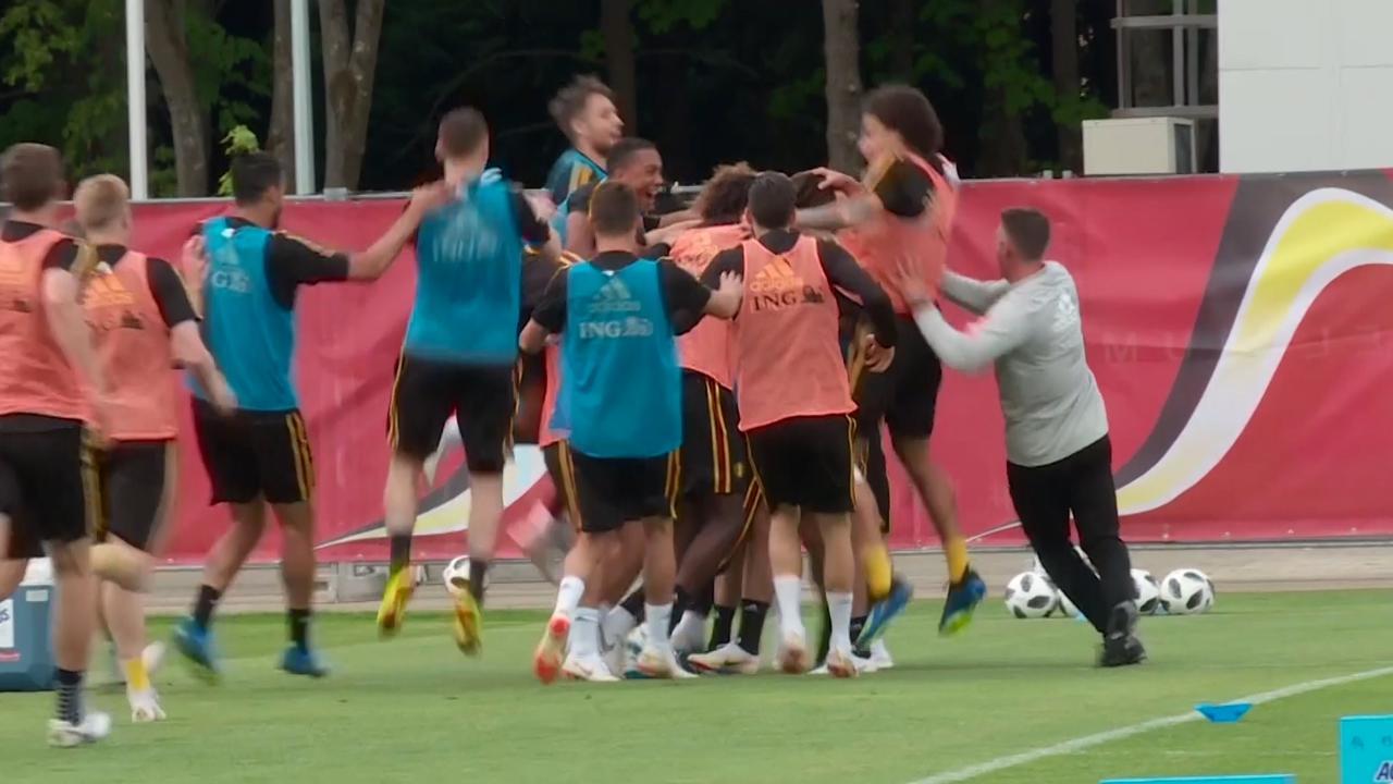 Belgische WK-selectie viert kopbal in koelbox uitbundig