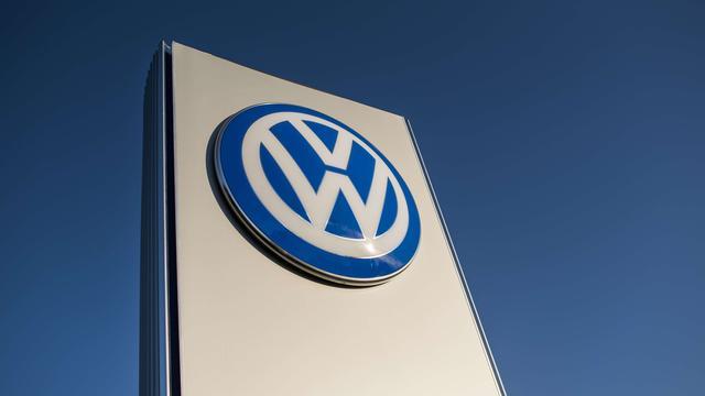 Fitch overweegt kredietstatus Volkswagen te verlagen