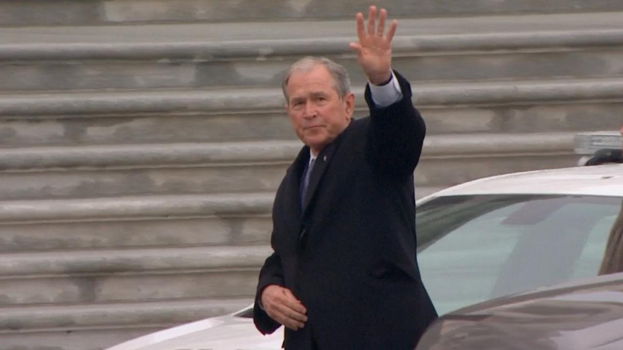 Bushes, Trumps en Clintons van de partij bij inauguratie Washington
