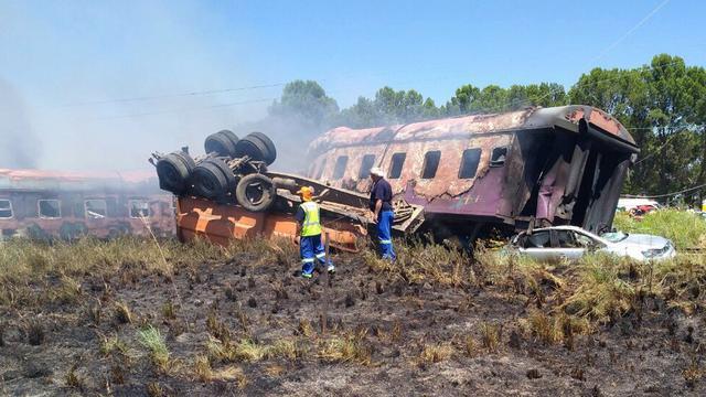 Zeker twaalf doden en tientallen gewonden bij treinongeluk Zuid-Afrika