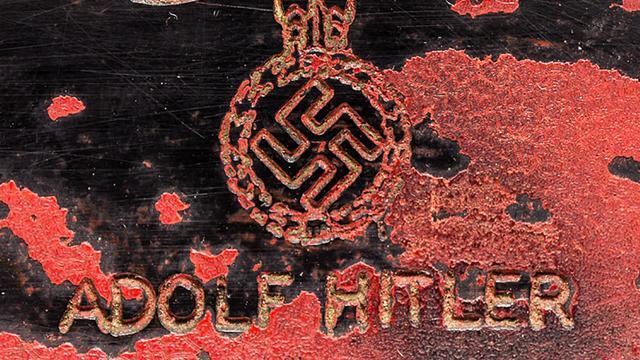 Duitse deelstaat wil handel nazimateriaal indammen