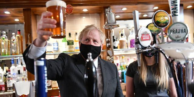 Engelsen kopen 15 miljoen pinten bier in eerste week heropening terrassen