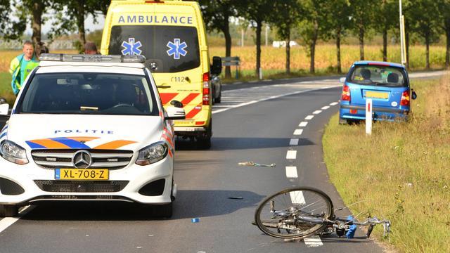 Fietser ernstig gewond na aanrijding op fietsovergang in Ulvenhout