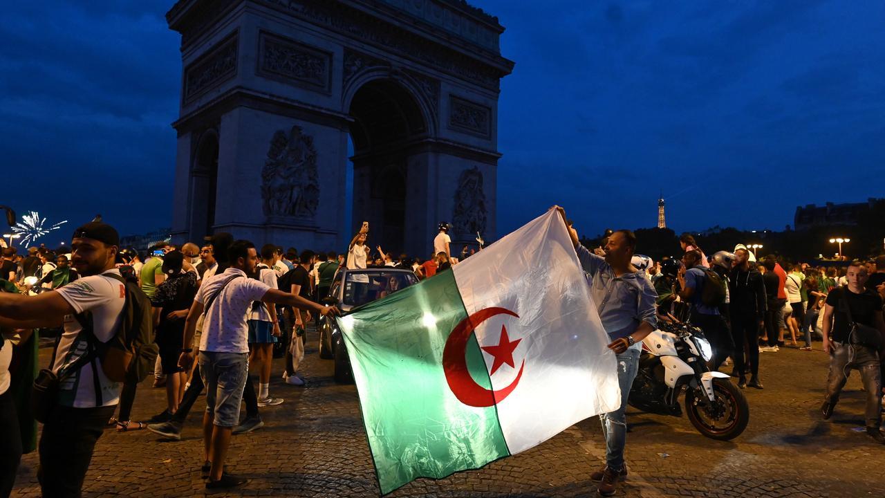 Twee winkels in Parijs geplunderd bij rellen na winst van Algerije