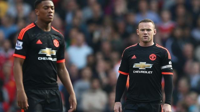 United verliest kansloos van Arsenal, Liverpool niet langs Everton